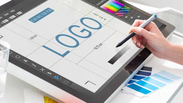 designer doing a logo design